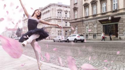 Ballet Barre – Lenka Bazger
